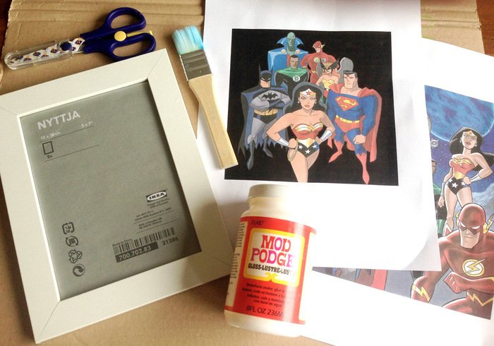 Super woman picture frame sidepic