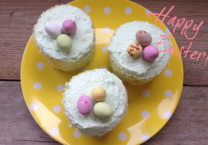 Easter cakes sidepicll