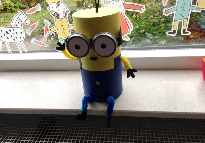Minion surprise sidepicll