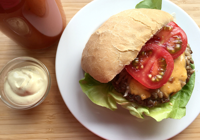 Beef burger sidepicll