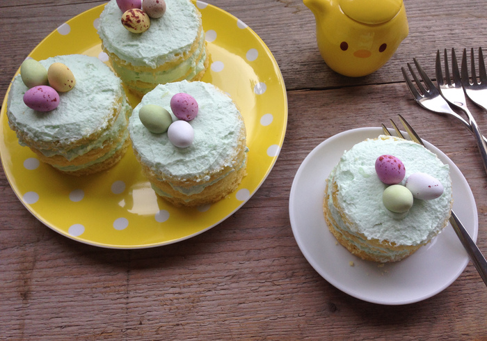 Easter cakes 12