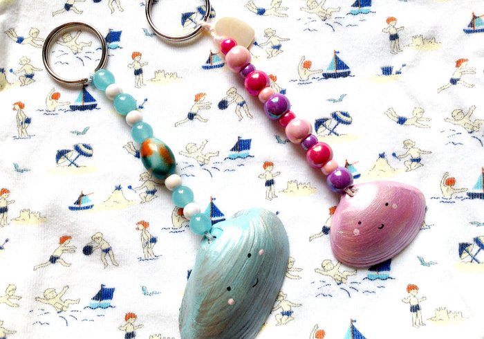 Sea shell key chain sidepicll