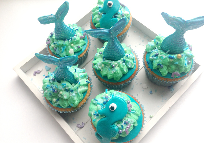 Mermaid cupcakes sidepicll