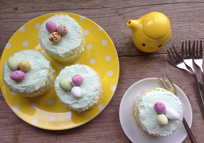 These cute Easter cakes
